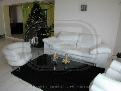 villa-in-vendita---torri-del-benaco-4