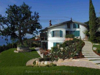 villa-in-vendita---torri-del-benaco-3