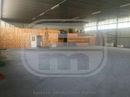 capannone-in-vendita---egna-3