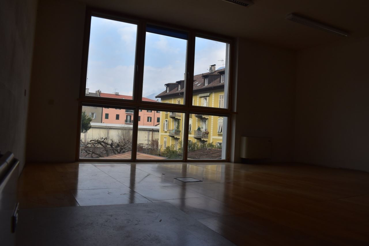ufficio in affitto locazione - bolzano