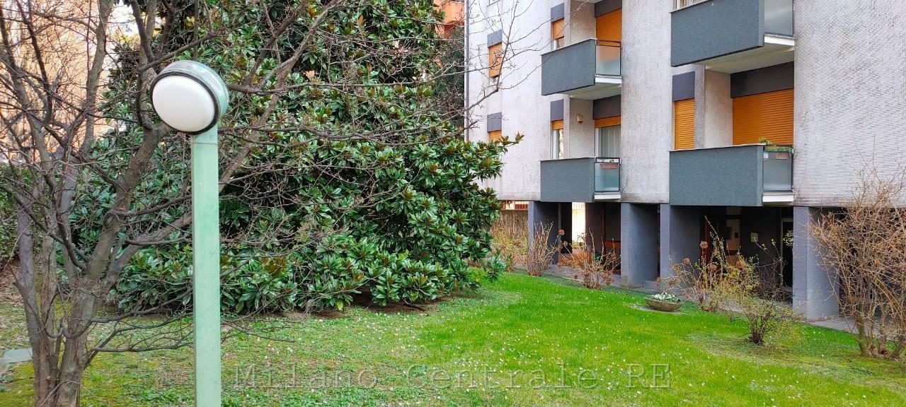 appartamento in vendita - monza